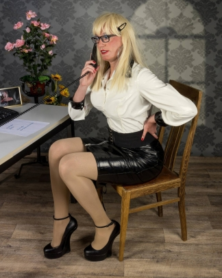 pansy secretary